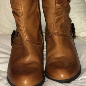 EUC Eric Michael all leather boots. Size 38
